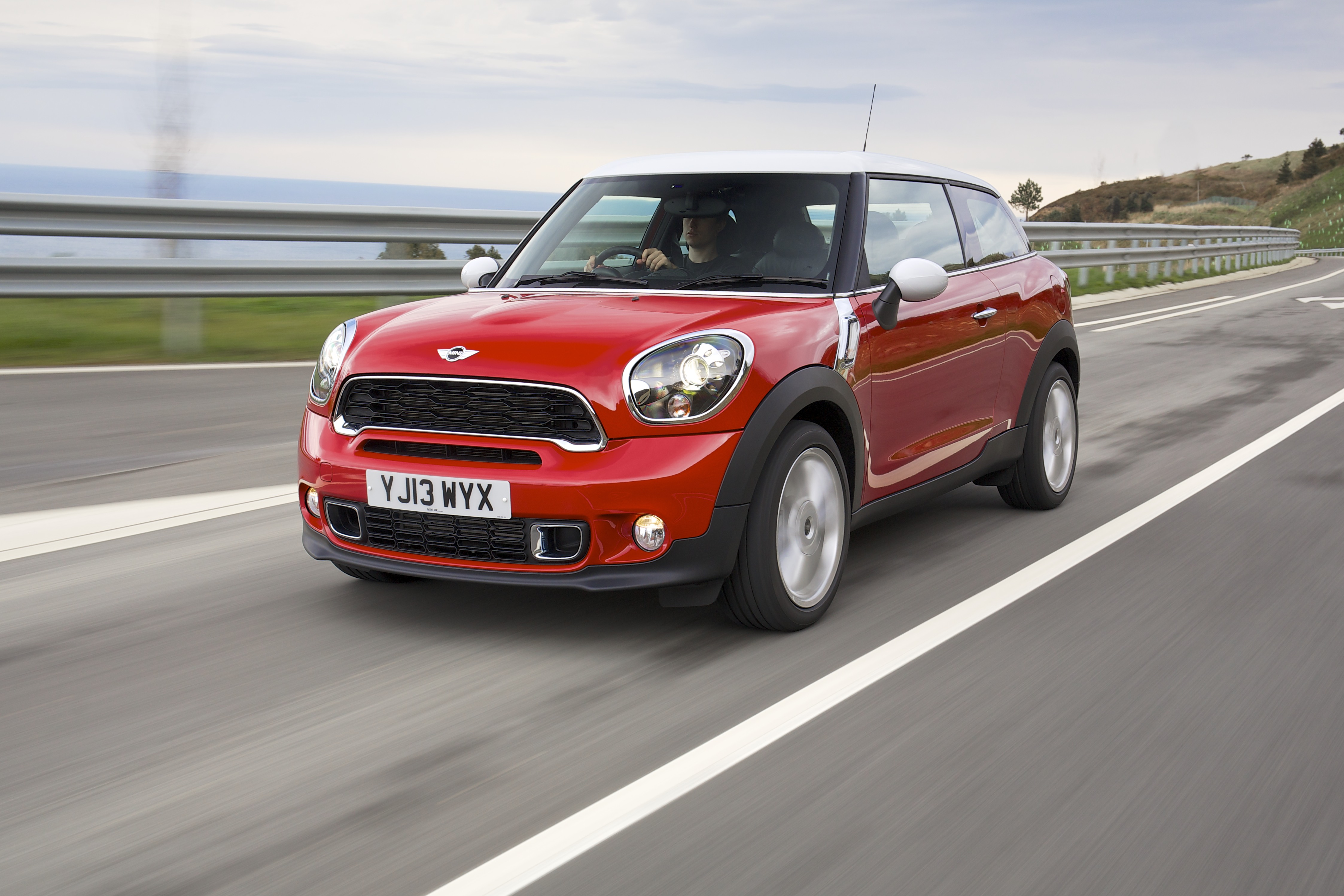 Mini Range Expands With Paceman Uk Car Of The Year Awards