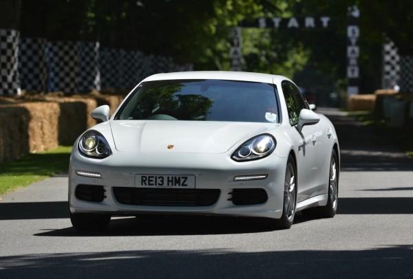 Porsche Panamera 120712