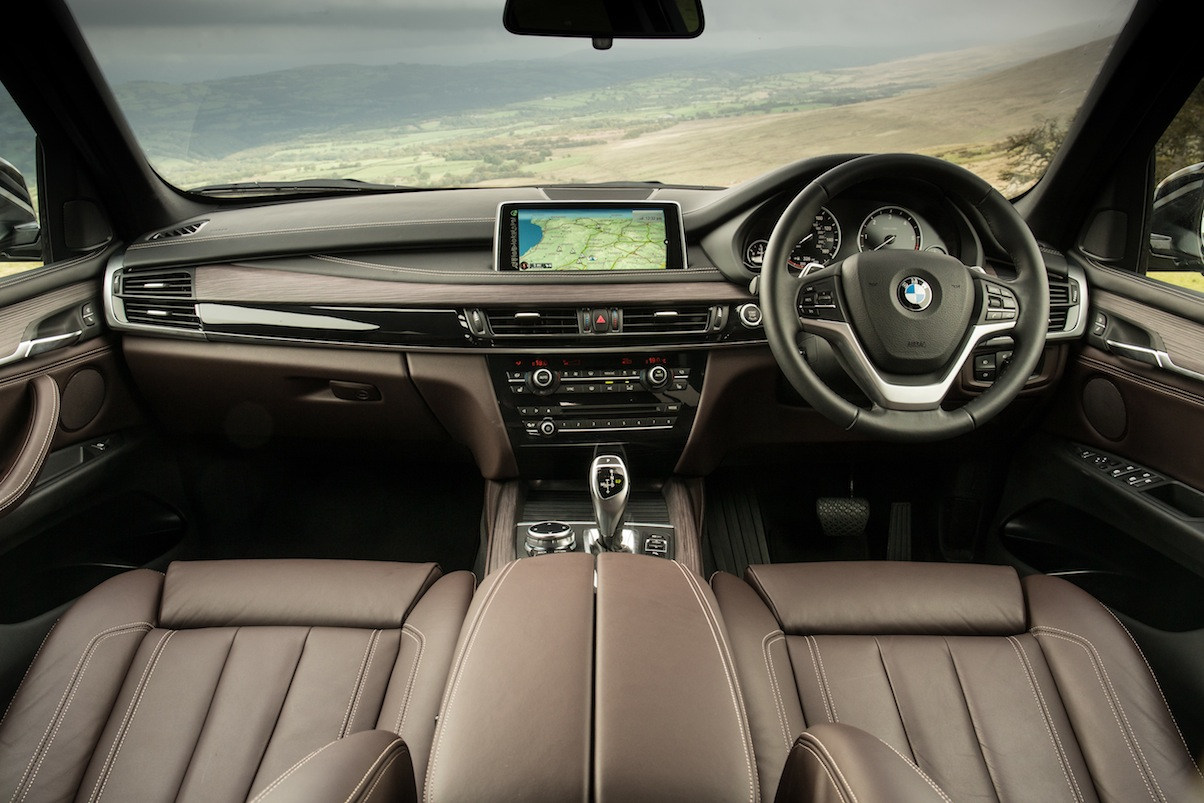 Bmw x5 30d uk car of the year awards for Bmw x5 interior