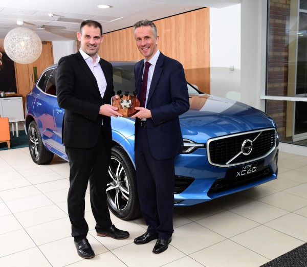 VOLVO XC60 WINS UK CAR OF THE YEAR 2018 small